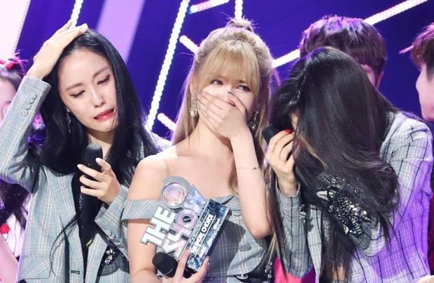 Encore buồn tủi nhất sự nghiệp của T-ara: khóc hết nước mắt sau 5 năm bị tẩy chay, nghẹn ngào chẳng nói nên lời - Ảnh 1.