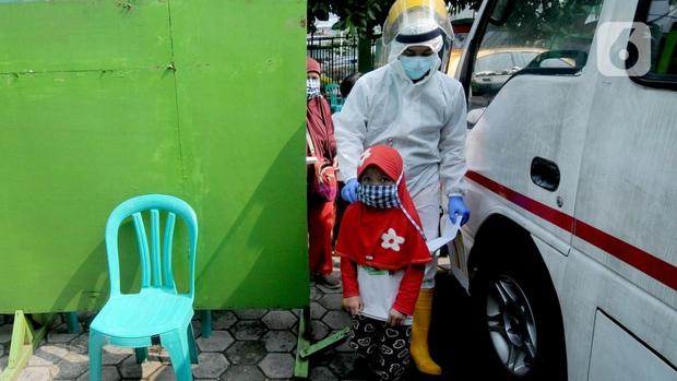 Tỷ lệ tử vong do Covid-19 ở trẻ em Indonesia cao nhất thế giới - Ảnh 1.