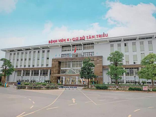 Bệnh viện K vắng vẻ trong ngày khám trở lại sau hơn 1 tháng phong toả vì Covid-19 - Ảnh 3.