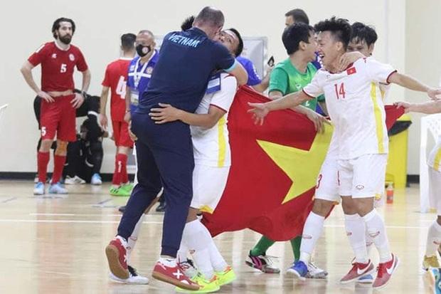 Tuyển Việt Nam choáng khi được FIFA gửi thực đơn World Cup... trước 4 tháng - Ảnh 1.