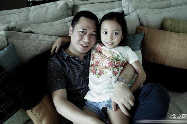 Che giấu suốt 16 năm, Triệu Vy chưa bao giờ nhắc tới người vợ cũ của chồng là Hoa hậu chuyên đi đào mỏ nổi tiếng - Ảnh 7.