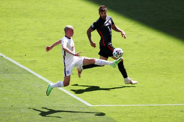 Cả đội tuyển Anh chơi ngông, tuyên bố nhuộm tóc bạch kim nếu vô địch Euro - Ảnh 2.