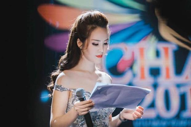 Những Hoa hậu, Á hậu dấn thân nghề báo - Ảnh 5.