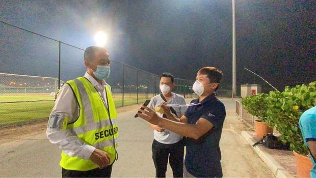 Phóng viên Việt Nam sang UAE tác nghiệp vòng loại World Cup giữa bão Covid-19: Hành trình cam go và ngày 21/6 trong khu cách ly - Ảnh 5.