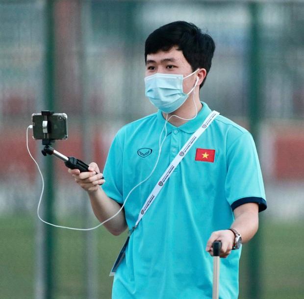 Phóng viên Việt Nam sang UAE tác nghiệp vòng loại World Cup giữa bão Covid-19: Hành trình cam go và ngày 21/6 trong khu cách ly - Ảnh 6.