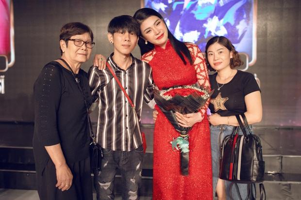 Ngọc nữ bolero Lily Chen bán túi hiệu để làm nghệ thuật, chuyển hướng âm nhạc cho đỡ tụt hậu - Ảnh 6.