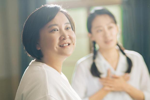 BXH sao nữ Hoa ngữ thu bộn nhất ngoài rạp: Triệu Lệ Dĩnh gấp 33 lần Dương Tử, quán quân ẵm bạc tỷ cùng loạt kỷ lục đắt giá - Ảnh 5.