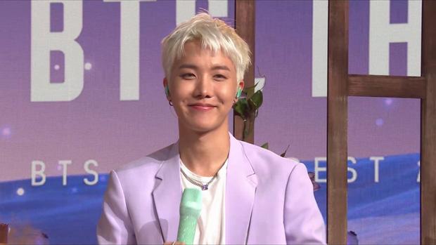 Thêm 1 thành viên của BTS gây bão MXH nhờ thay đổi kiểu tóc, dù hơi giả trân nhưng giúp thăng hạng visual ra phết! - Ảnh 3.