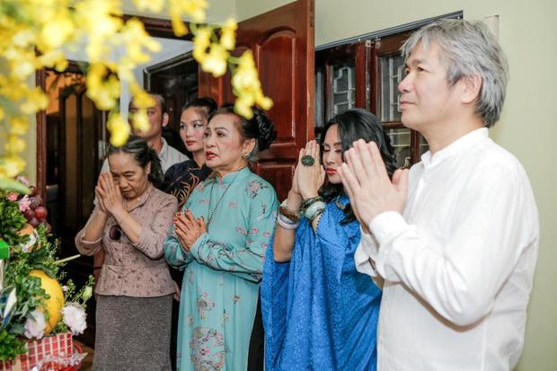 Diva Thanh Lam tổ chức lễ dạm ngõ với bạn trai bác sĩ ở tuổi 51, nụ cười hạnh phúc chứng minh tất cả! - Ảnh 2.