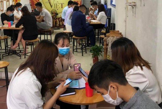 Hà Nội: Phạt gần 160 triệu đồng nhóm đa cấp tụ tập vi phạm phòng chống dịch - Ảnh 1.