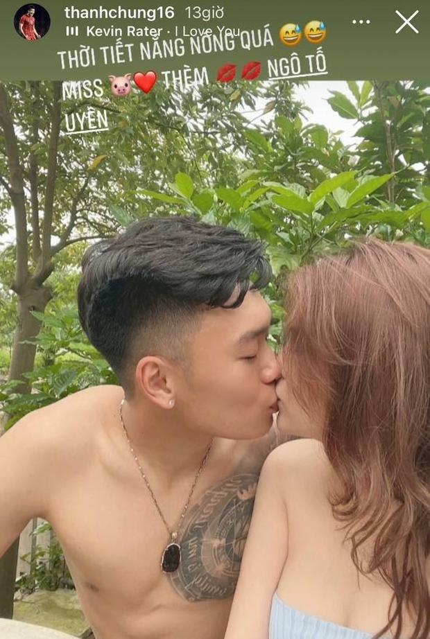 Đã đến ngày thứ 5 cách ly của ĐT Việt Nam: Có anh chơi lớn khoe ảnh cởi trần hôn bạn gái nóng 1000 độ! - Ảnh 9.
