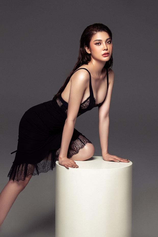 Lily Chen: Nàng Ngọc nữ bolero dịu dàng trên sân khấu, sexy đến nghẹt thở ở ngoài đời - Ảnh 8.