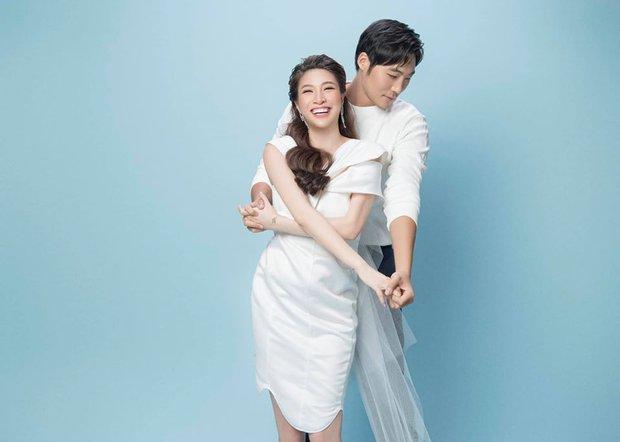 Nữ ca sĩ Vbiz xúc động chia sẻ ảnh mẹ chồng vừa qua đời, ai ngờ bà là người mẫu nổi tiếng giàu có, quyền lực xứ Hàn - Ảnh 8.