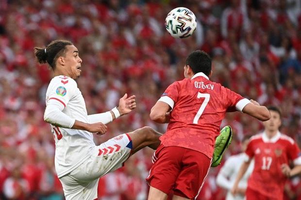 Cơn mưa bàn thắng đưa Đan Mạch vượt qua hiểm nghèo, hú vía vào vòng 1/8 Euro 2020: Xuất hiện ứng viên Pha làm bàn đẹp nhất giải đấu - Ảnh 2.
