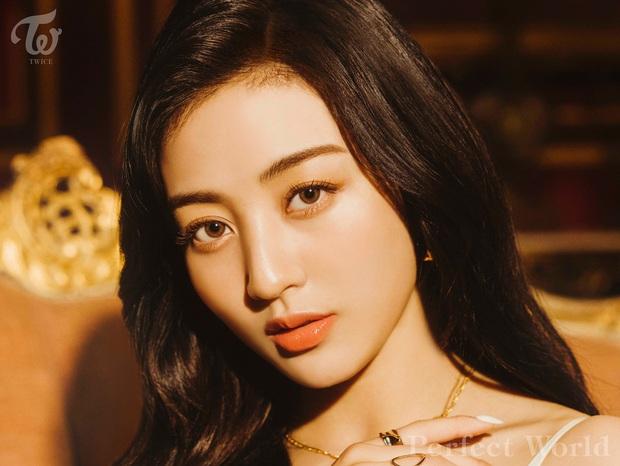 Vừa mới quảng bá xong, TWICE đã vội tung teaser comeback tiếp theo khiến fan xót xa: JYP định bóc lột idol đến bao giờ? - Ảnh 6.