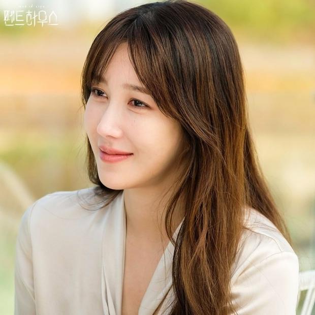 6 chị đẹp phim Hàn đã giàu còn giỏi làm khán giả u mê: Tài phiệt Son Ye Jin, bà cả Mine phải lép vế trước số 1 - Ảnh 9.