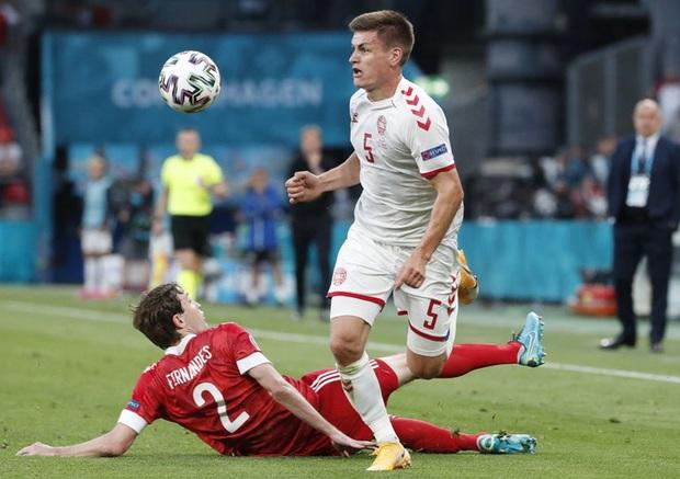 Cơn mưa bàn thắng đưa Đan Mạch vượt qua hiểm nghèo, hú vía vào vòng 1/8 Euro 2020: Xuất hiện ứng viên Pha làm bàn đẹp nhất giải đấu - Ảnh 6.