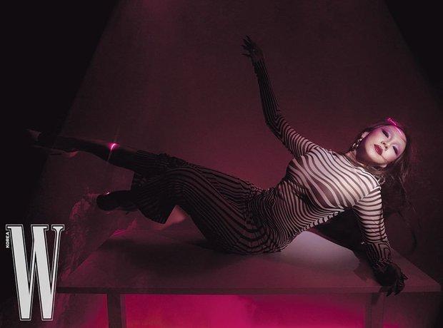 CL (2NE1) gây choáng khi giảm cân ngoạn mục, nhưng màn phô diễn vòng 1 và vòng 3 loã lồ phản cảm mới là tâm điểm - Ảnh 2.