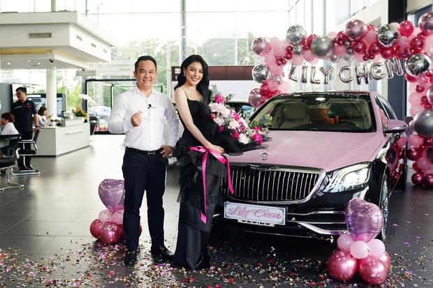 Tay sales Mẹc khét tiếng tiết lộ lý do người Việt khoái bật sâm panh, treo bóng bay và nhận hoa vào ngày nhận xe hơi - Ảnh 2.