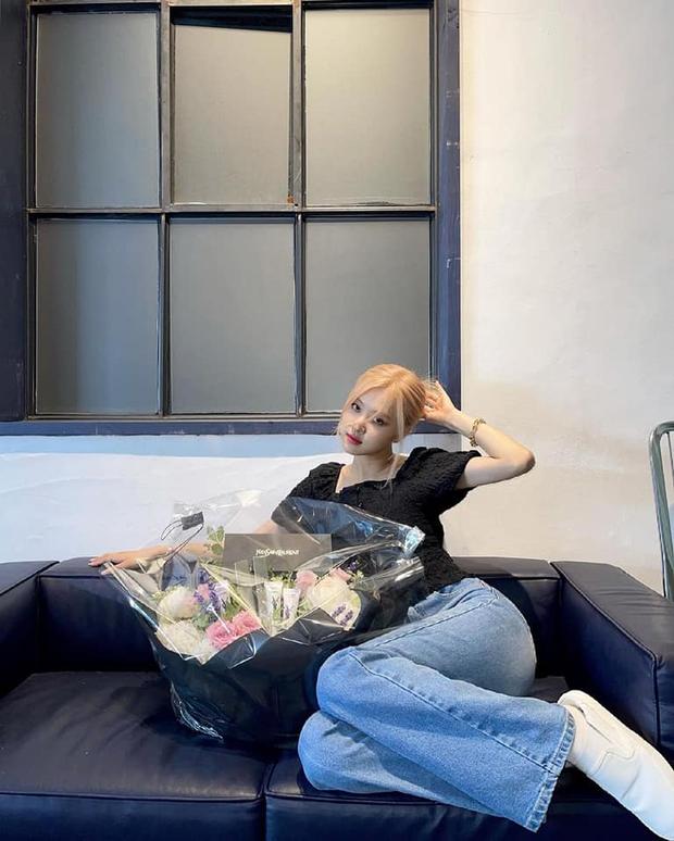 Rosé (BLACKPINK) cán mốc 15 triệu follower trên TikTok, là người có số follower nhiều nhất Kpop - Ảnh 1.