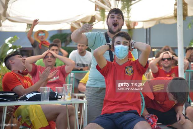 Tuyển Tây Ban Nha nghiền nát Slovakia 5 bàn không gỡ - Ảnh 10.
