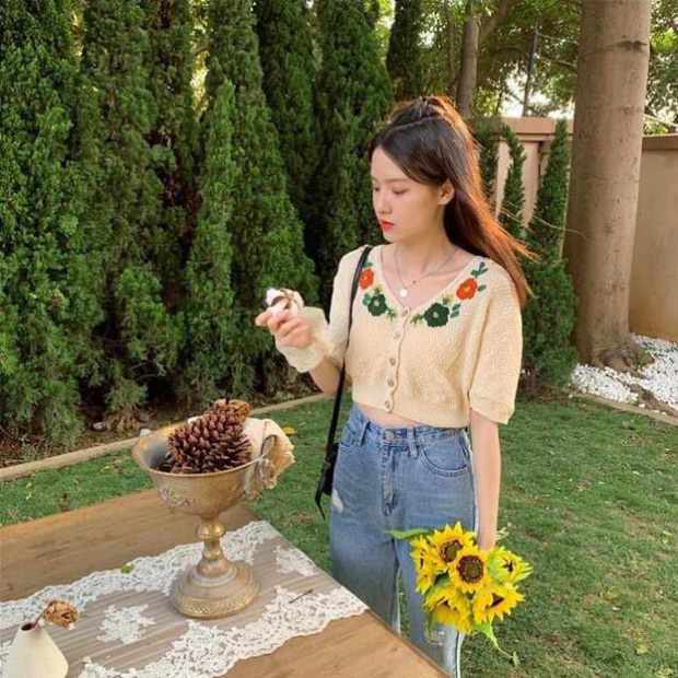 Bên Hàn rộ mốt đồ đan móc, gợi ý cho các nàng loạt áo chuẩn trend siêu xinh mà giá chỉ từ 60k - Ảnh 7.