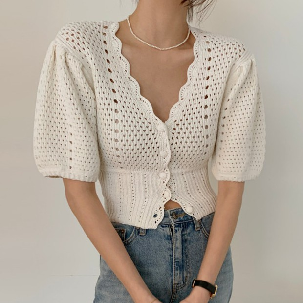 Bên Hàn rộ mốt đồ đan móc, gợi ý cho các nàng loạt áo chuẩn trend siêu xinh mà giá chỉ từ 60k - Ảnh 11.