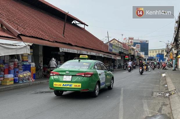 TP.HCM cho phép 400 xe taxi truyền thống hoạt động để chở người dân đến bệnh viện - Ảnh 1.