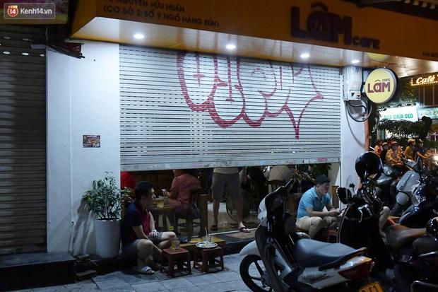 Hà Nội: Nhiều quán nhốt khách cố bán tiếp sau quy định đóng cửa trước 21h - Ảnh 4.