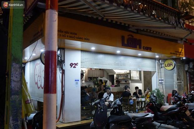 Hà Nội: Nhiều quán nhốt khách cố bán tiếp sau quy định đóng cửa trước 21h - Ảnh 3.
