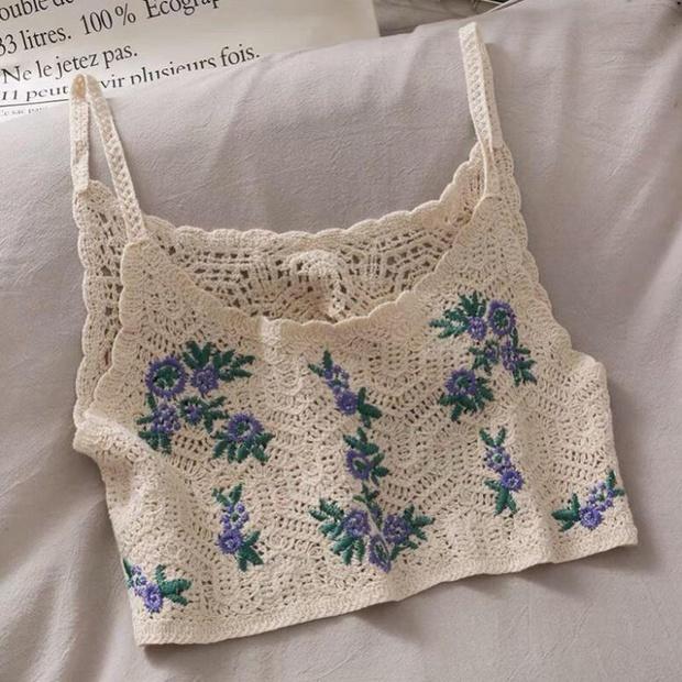 Bên Hàn rộ mốt đồ đan móc, gợi ý cho các nàng loạt áo chuẩn trend siêu xinh mà giá chỉ từ 60k - Ảnh 9.