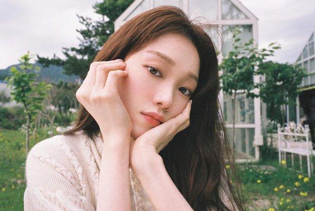 HOT: Tiên nữ cử tạ Lee Sung Kyung lộ bằng chứng hẹn hò nhân vật không thể ngờ tới sau 4 năm chia tay Nam Joo Hyuk? - Ảnh 2.