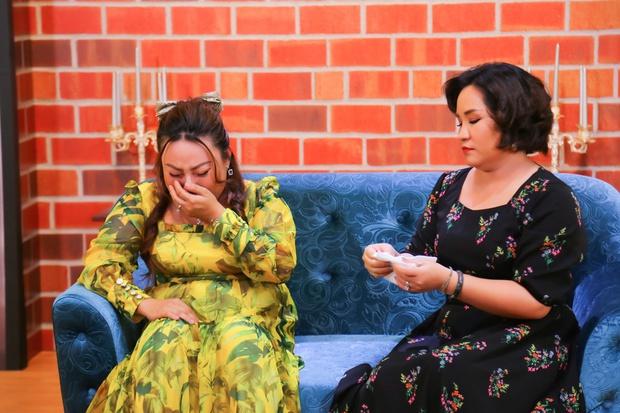 Một nữ nghệ sĩ bị chồng liên tục bỏ đi với người thứ 3 vẫn lên talk show khóc nghẹn nói xin lỗi - Ảnh 3.