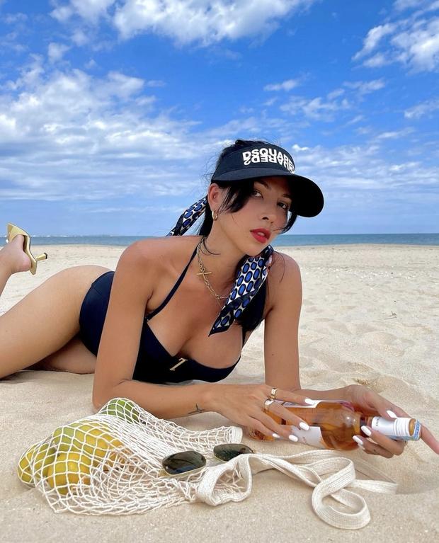 Minh Triệu tung ảnh bán nude khoe vòng 1 ngồn ngộn và eo phẳng lì: Bức ảnh nóng hơn thời tiết ngày hè là đây! - Ảnh 6.