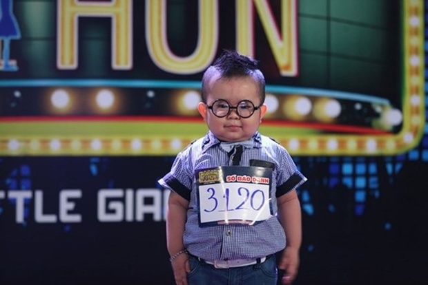 Hiện tượng Ku Tin sau 6 năm nổi tiếng: Ngừng chạy show, thành tích học tập không phải dạng vừa! - Ảnh 1.