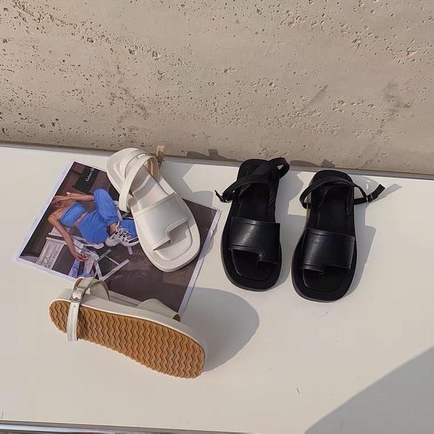 Sandal xinh mê tơi giá hạt dẻ các shop mới về: Diện mát chân mà phối với đồ gì cũng đẹp - Ảnh 13.