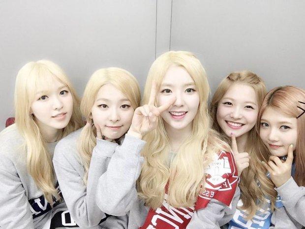 Từng có nhóm nhạc sinh năm khiến fan phát lú, tất cả là vì đầu tóc lẫn makeup quá giống nhau - Ảnh 4.