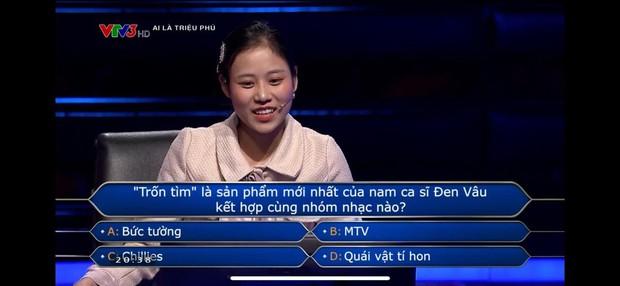 Ai Là Triệu Phú đặt câu hỏi về bài Trốn Tìm, nhưng Đen Vâu trả lời thế này thì người chơi dùng 1000 sự trợ giúp cũng chịu thua! - Ảnh 1.