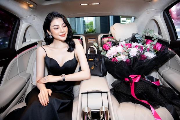 Sau nghi vấn chung bồ tỷ phú với Ngọc Trinh, Lily Chen bất ngờ tuyên bố muốn nghỉ ngơi nhưng lại vội quay xe chỉ trong ít phút - Ảnh 4.