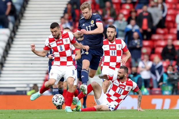 Thắng Scotland, Croatia chiếm luôn tấm vé chính thức vào vòng 1/8 Euro 2020 - Ảnh 5.