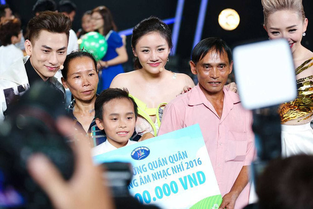 Phía Phi Nhung lần đầu hé lộ cơ duyên nhận nuôi Hồ Văn Cường, hoá ra đã từng nhắn tin nhờ 1 nữ ca sĩ đình đám Vbiz giúp đỡ - Ảnh 5.