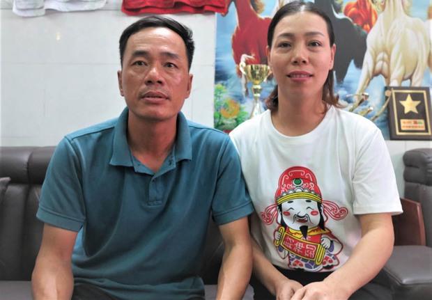 Phỏng vấn nhanh bố cầu thủ Tiến Linh: Xưa có dắt 1-2 cô về chơi nhưng giờ không thấy đâu, 27 tuổi lấy vợ cũng chưa muộn - Ảnh 7.