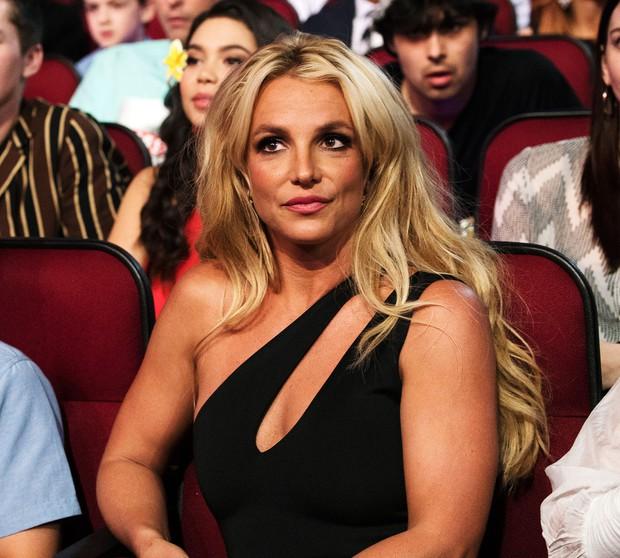 13 năm địa ngục của Britney Spears: Gia đình cầm tù, cưỡng bức lao động đến sang chấn tâm lý nhưng kinh khủng nhất là bị tước quyền làm mẹ! - Ảnh 14.
