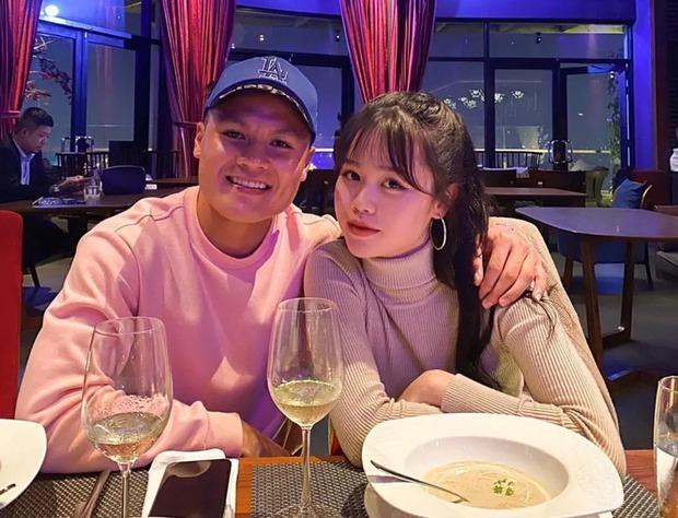 Bồ cũ Quang Hải bỗng xuất hiện giữa ồn ào của cô gái muốn bạn trai cho tiền đầu tư, cũng đòi có 100 - 500 triệu - Ảnh 1.