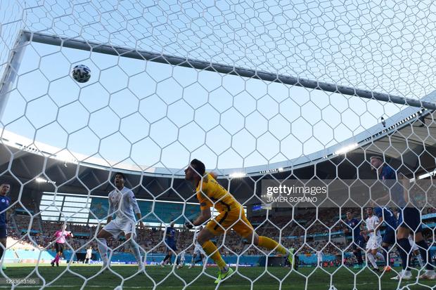 Tuyển Tây Ban Nha nghiền nát Slovakia 5 bàn không gỡ - Ảnh 6.