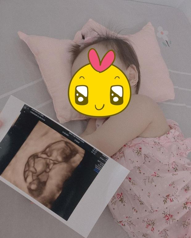 Sinh năm 2002, cô nàng bạn thân Linh Ka này đã chuẩn bị có em bé thứ 2 sau khi sinh con đầu lòng được 7 tháng! - Ảnh 3.