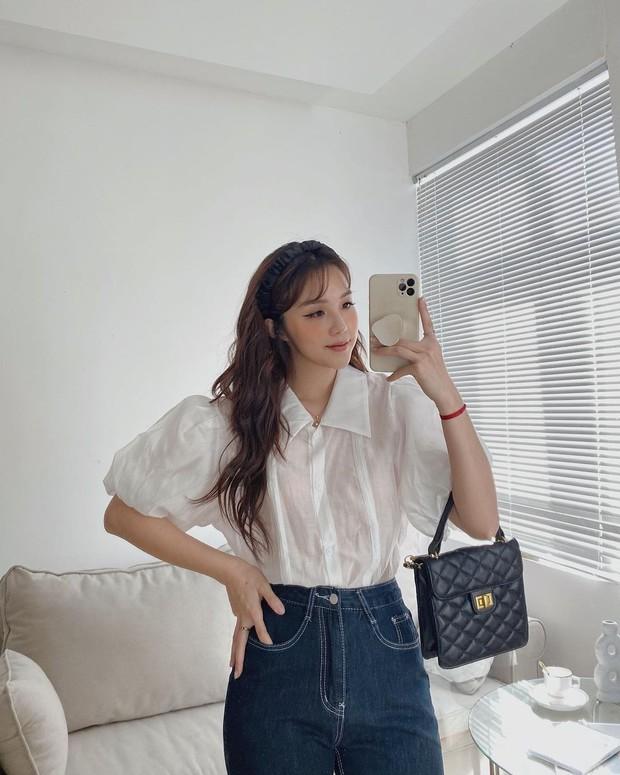 """Jisoo xinh xắn với áo blouse 1 triệu, có nhiều mẫu na ná giá chỉ vài trăm bạn dư sức """"múc"""" - Ảnh 6."""