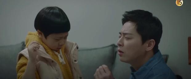 Preview Hospital Playlist 2 tập 3: Bác sĩ Song Hwa chính thức tỏ tình ai đó, cặp đôi Mùa Đông sắp bị phát hiện? - Ảnh 5.