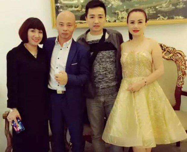 Chồng cũ của diễn viên Hoàng Yến bị đào lại loạt ảnh giao lưu với giang hồ mạng Phú Lê, vợ chồng Đường Nhuệ - Ảnh 4.