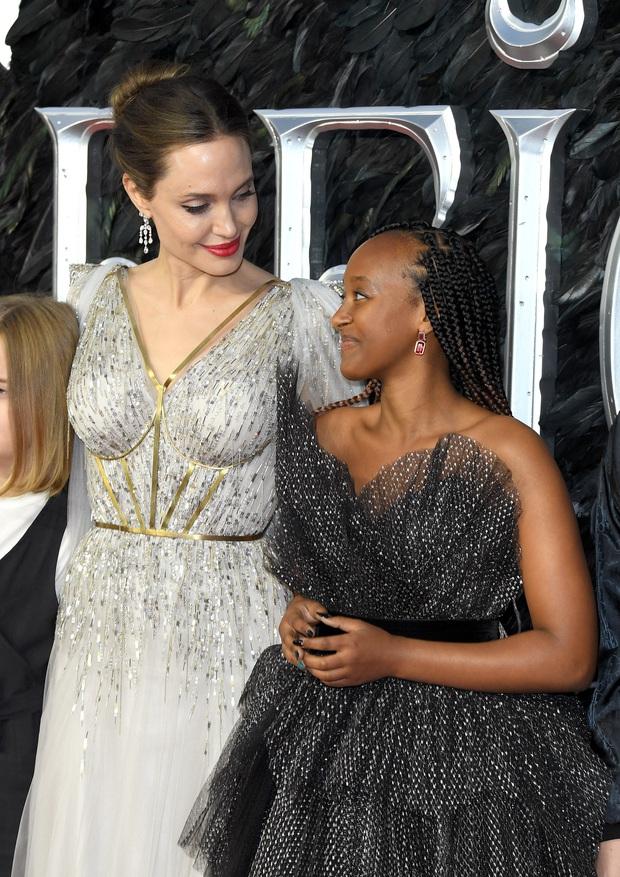 """Angelina Jolie bóc trần mặt tối ngành y, tức tưởi kể chuyện đưa con đi phẫu thuật: """"Y tá bảo hãy gọi bác sĩ nếu da cháu chuyển màu hồng"""" - Ảnh 3."""
